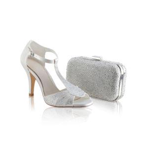 Chaussures et pochette perlées ivoire